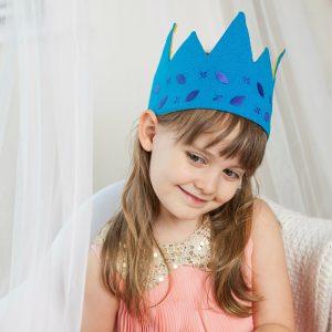 blue-leaf-crown